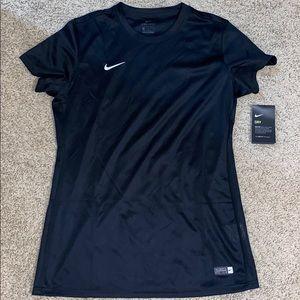 NWT - Nike Dri Fit Tee - Size L